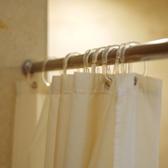 tirai untuk bathtub